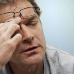 Mỏi mắt – Nỗi khổ chung của mọi người