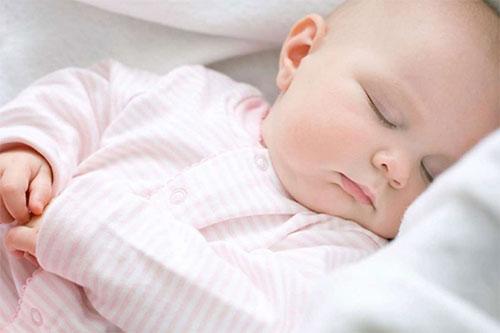 Nguyên nhân gây bệnh viêm kết mạc ở trẻ sơ sinh 1