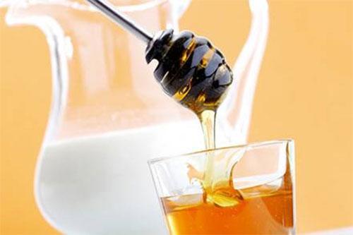 Mật ong và sữa 1
